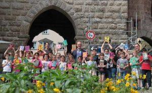 Gruppenfoto Schüler bei Stadtführung