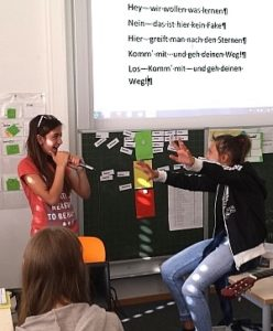 Schüler der KWS während dem Unterricht