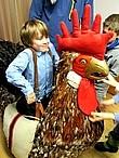 Schüler verkleidet Schüler in Kostüm eines Rottweiler Narren