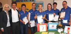 Gruppenfoto Kollegen und Kolleginnen der Kws erhalten Auszeichnungen