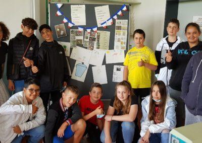 Auf dem Bild ist die Französischgruppe der Klassenstufe 6 zu sehen.Die Französischgruppe der Klassenstufe 6