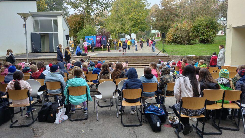Die Grundschule bei Open Stage